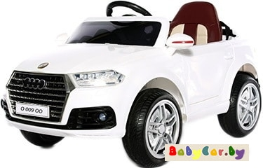 Электромобиль Electric Toys Audi Q3 Lux (белый)